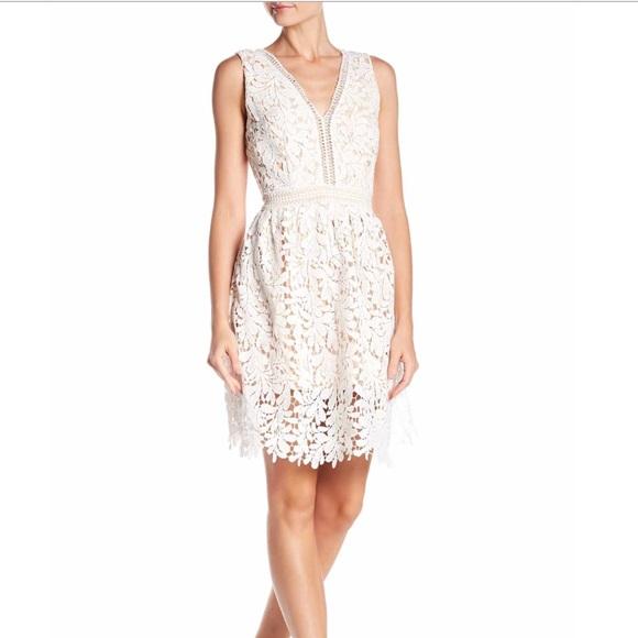 "0e02f512e6d The perfect little ""white"" dress! Size M. NWT"